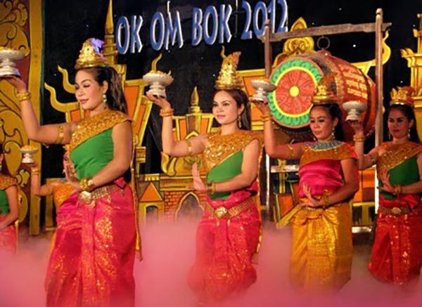 le-hoi-ook-om-bok-cua-nguoi-khmer-2