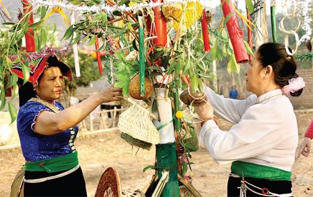 Tìm hiểu về tục cầu mưa của người Thái