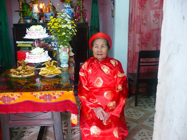 van-khan-le-thuong-tho-1