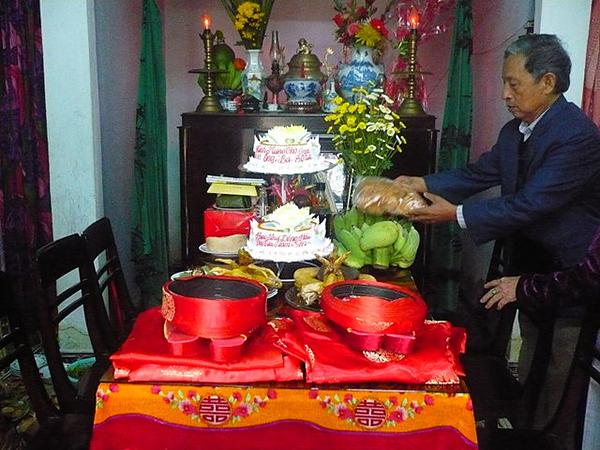 van-khan-le-thuong-tho-2